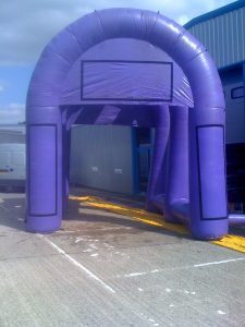 hire inflatable archway