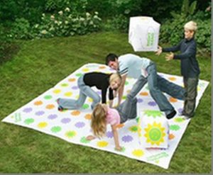 Hire Get Knotted Garden Game